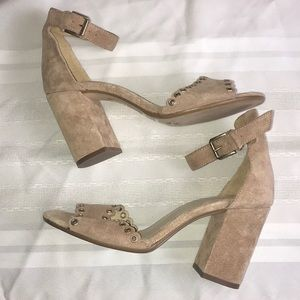 Vince Camuto tan suede leather chunky heel Sz 39
